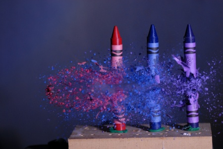three crayons bullett