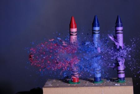 three crayons bullett